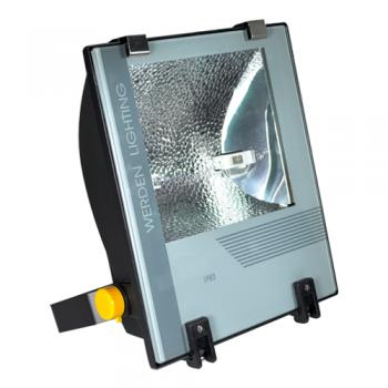 https://www.elmaterialelectrico.com/1204-1906-thickbox_default/proyector-de-halogenuro-metalico-ip-65-de-150w-en-negro-con-equipo-y-lampara-de-150w.jpg