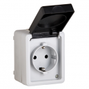 Base de enchufe estanca IP-54 con TTL 16A